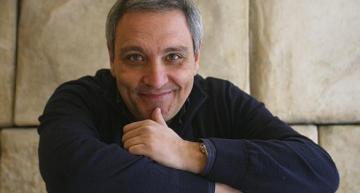Incontro con lo scrittore Maurizio De Giovanni